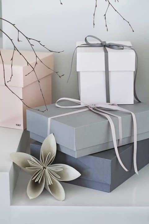 Front-Row-Regalos-de-Navidad-Gift-Point